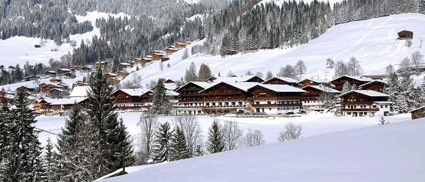Austria_Alpbach_Hotel-Alpbacherhof_Exterior-winter2.jpg